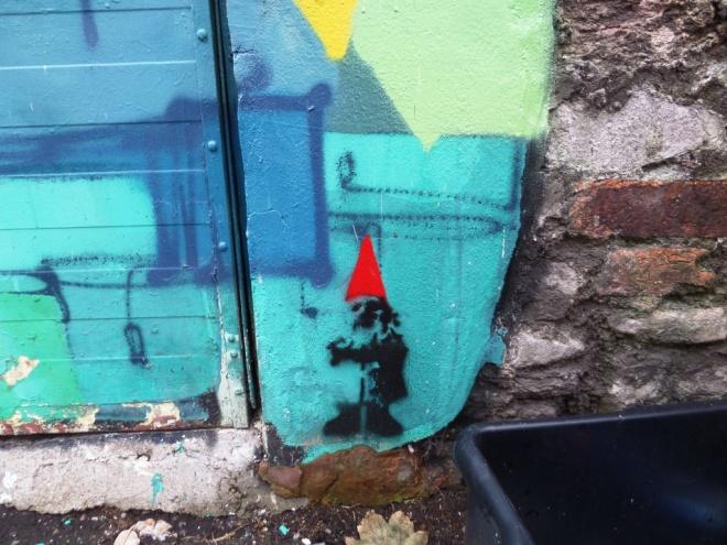Ryan Kai, Gnome tag, Richmond Road, Bristol, November 2015