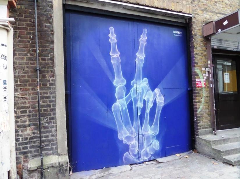 Shok 1, Fournier Street, Shoreditch, September 2016