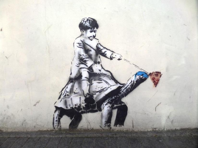 Fawn Artist, Gloucester Street, Weston super Mare, August 2016
