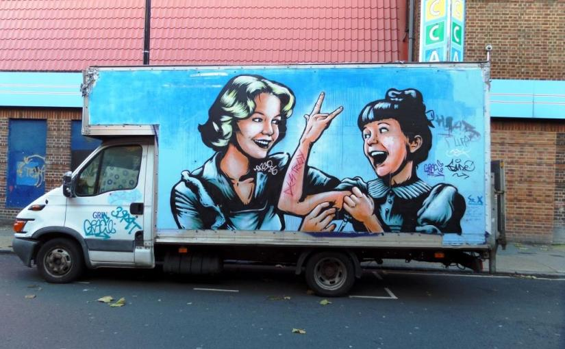 1270. Camden Town van(2)