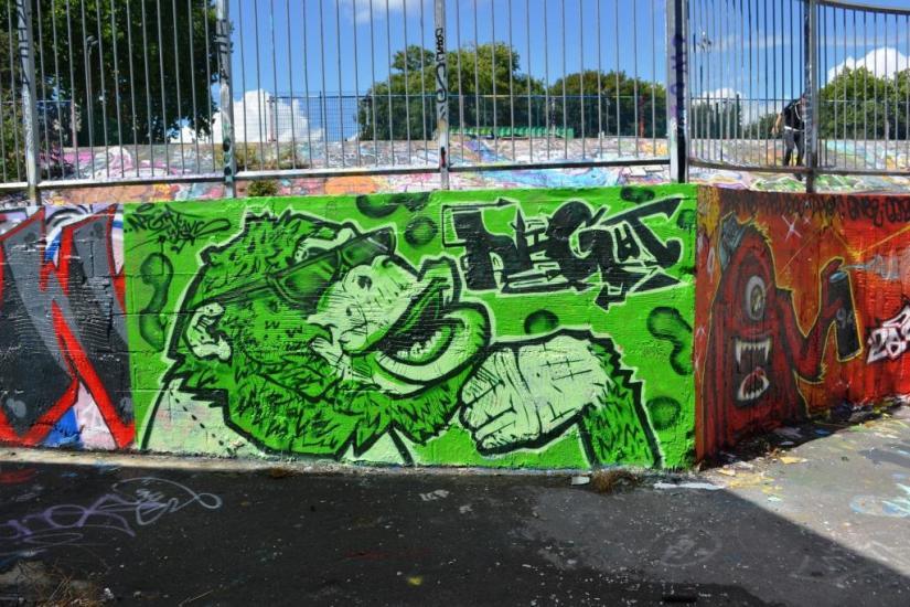 1676. Dean Lane skate park(154)