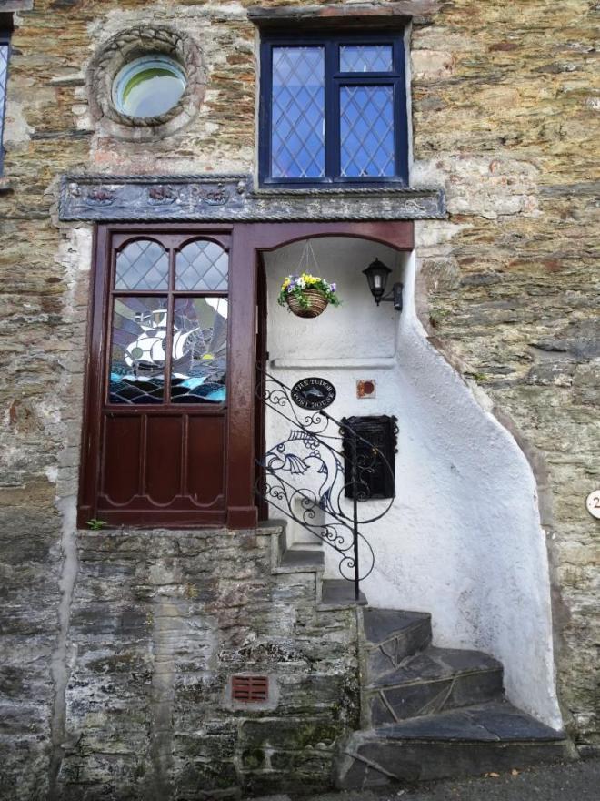 Fancy Fowey doorway, August 2018