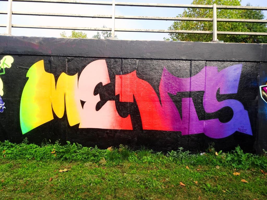 Ments, M32 roundabout, Bristol, October 2018