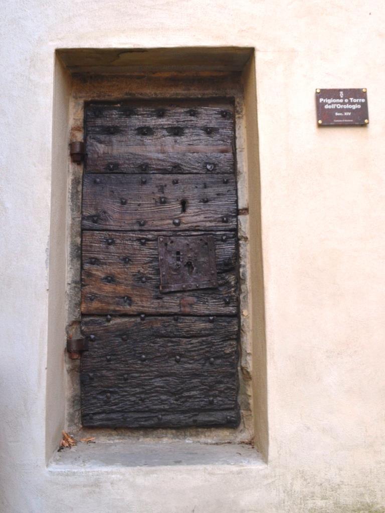Prison door, Piazza Fortebraccio, Montone, Umbria, August 2018