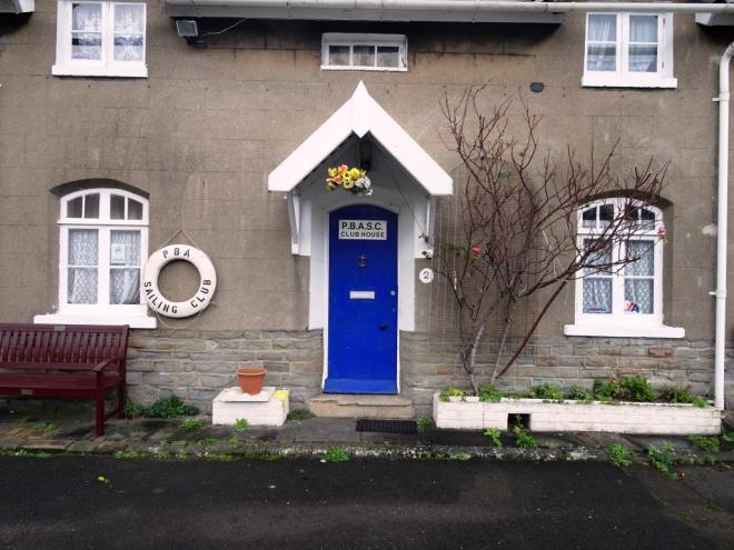 Blue door, keyside cottage, Bristol, December 2018