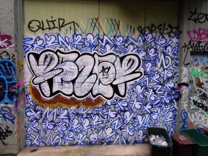 2088. Moon Street(62)