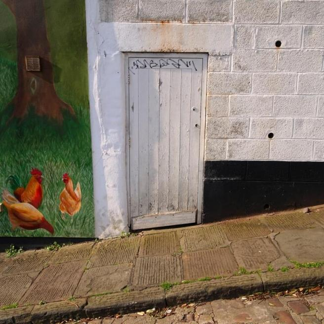 Door accompanied by Sophie Long's chickens, Kingsdown, Bristol, March 2019