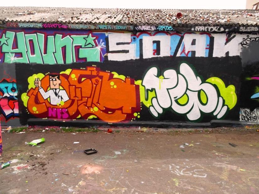 2189. Dean Lane skate park(209)