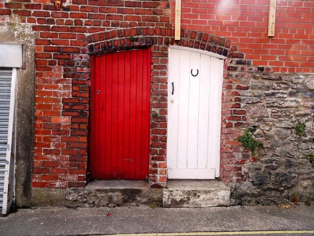 Hotwells doors, Bristol, August 2019
