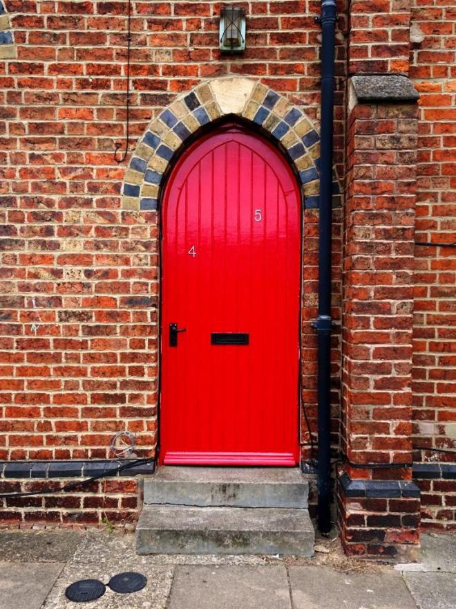 That is some red door, Cheltenham, September 2019