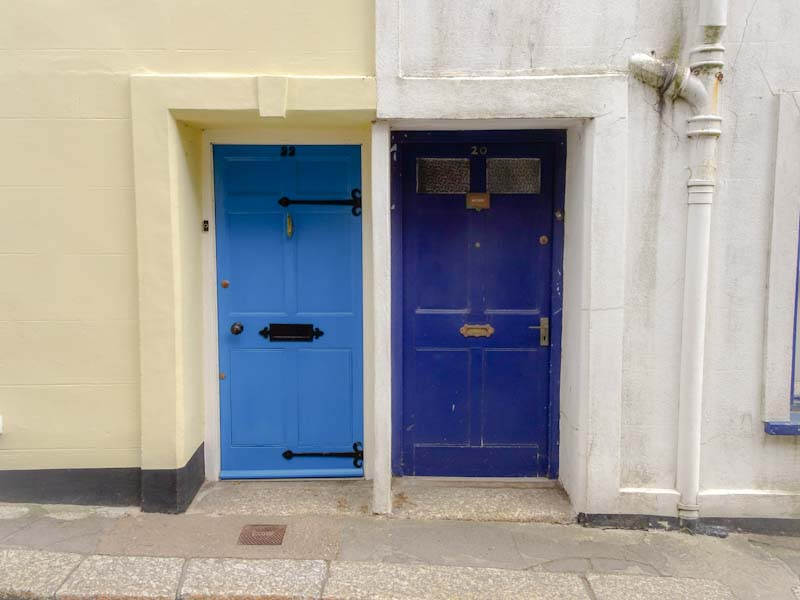 A nice pair of blue doors, Fowey, Cornwall, September 2019