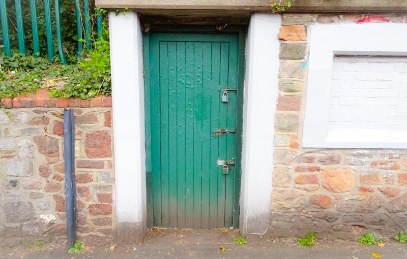 Utility door, Montpelier, Bristol, March 2020