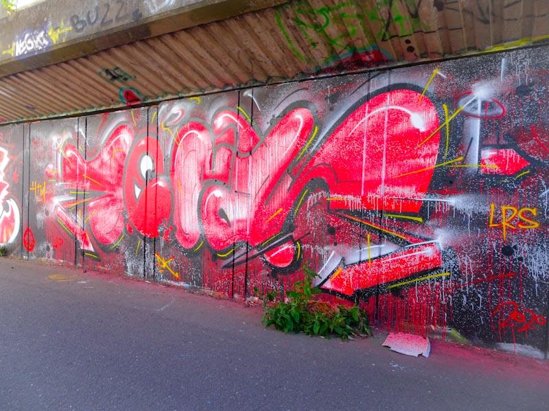Decay, M32 cycle path, Bristol, July 2020