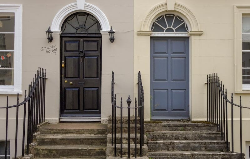 A fancy pair of doors, but where is the door furniture on the grey one? Cheltenham, September 2020