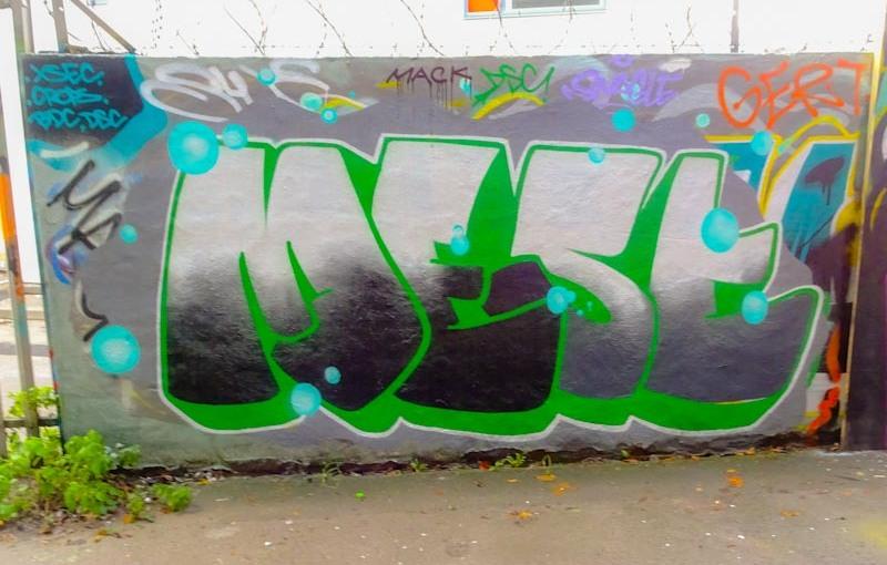Mest, M32 cycle path, Bristol, November 2020