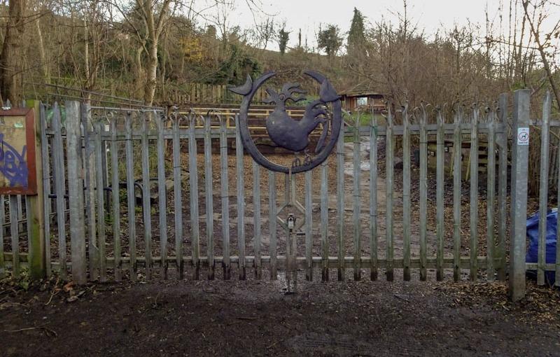 Gate in Boiling Wells Lane, Bristol, December 2020