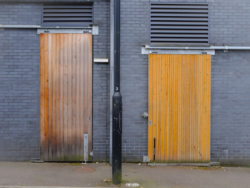 Sliding doors, Easton, Bristol, April 2021