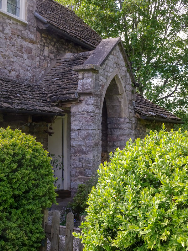 Doorway to No 8 Blaise Hamlet, Bristol, May 2021