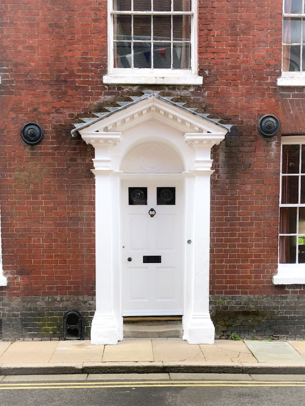 Stunning door with boot scraper to the left, Chichester, May 2021