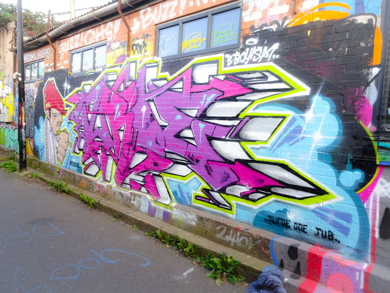 Veks and Turoe, M32 Cycle path, Bristol, August 2021